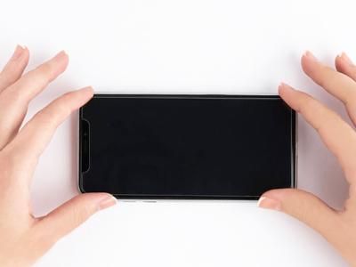 Comment installer une protection d'écran en verre trempé ?